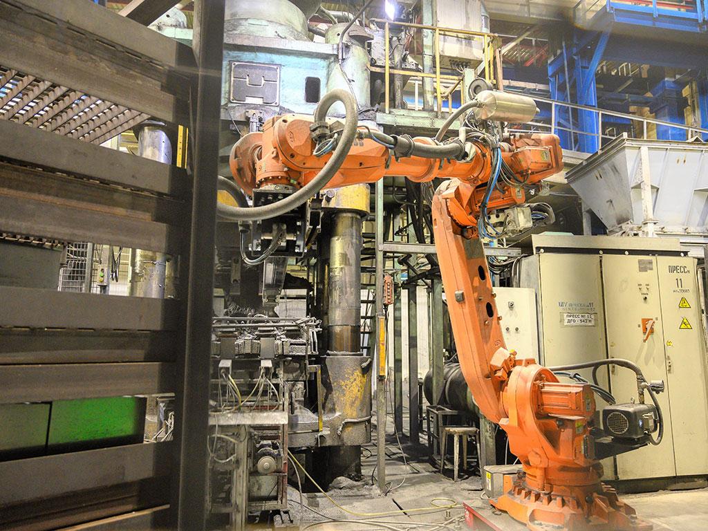 Робот ABB на предприятии Магнезит
